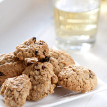 Raisin oatmeal cookies | insimoneskitchen.com