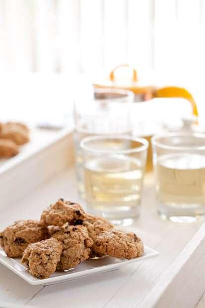 Raisin and oatmeal cookies   insimoneskitchen.com