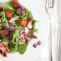 Halloumi salad | insimoneskitchen.com