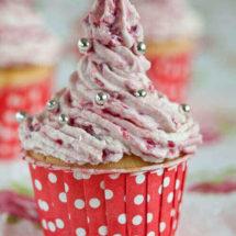 Cupcake with mascarpone topping | insimoneskitchen.com