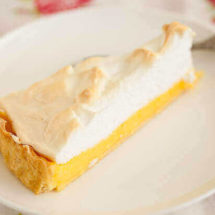 Lemon meringue pie | insimoneskitchen.com