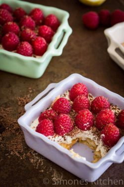 Jamie Oliver limoncello trifle | insimoneskitchen.com