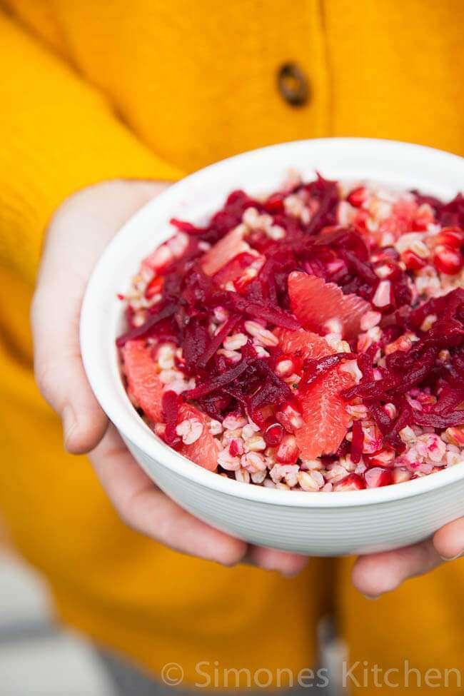 Spelt salad with pomegranate and grapefruit | insimoneskitchen.com