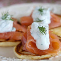 Blinis with smoked salmon | insimoneskitchen.com