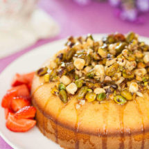 Honey pistachio cake | insimoneskitchen.com