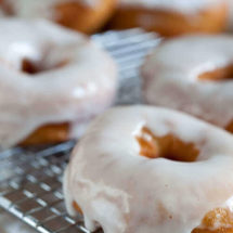 Making your own doughnuts | insimoneskitchen.com