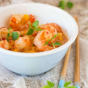 Sweet and sour prawns in 15 minutes | insimoneskitchen.com