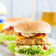 Chipotle kipburger met Hellmann | insimonesk.wpengine.com