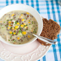 Sweetcorn and lentil chowder | insimoneskitchen.com