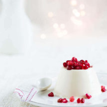 Pannacotta with pomegranate | insimoneskitchen.com