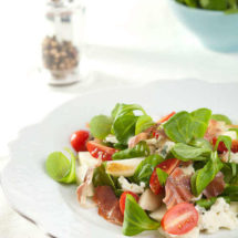 Roquefort and pear salad | insimoneskitchen.com