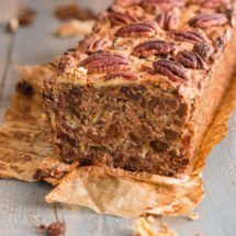 Delicious cake with raisins and dates | insimoneskitchen.com