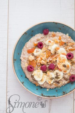 Creamy coconut porridge | insimoneskitchen.com