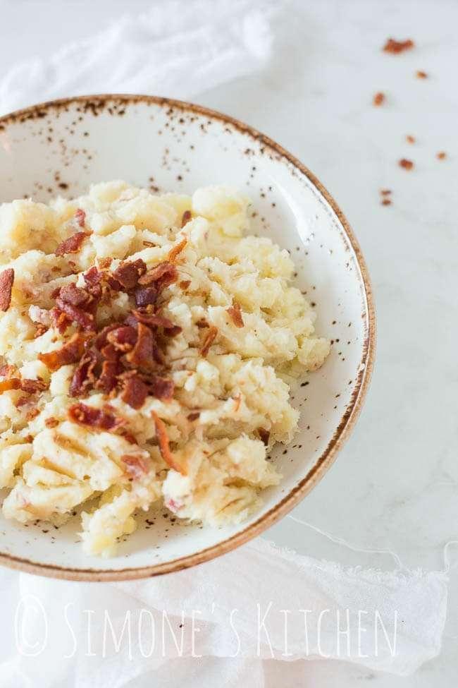 Cauliflower puree with bacon crumble | insimoneskitchen.com
