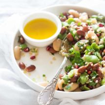 Mixed beansalad with parsley | insimoneskitchen.com