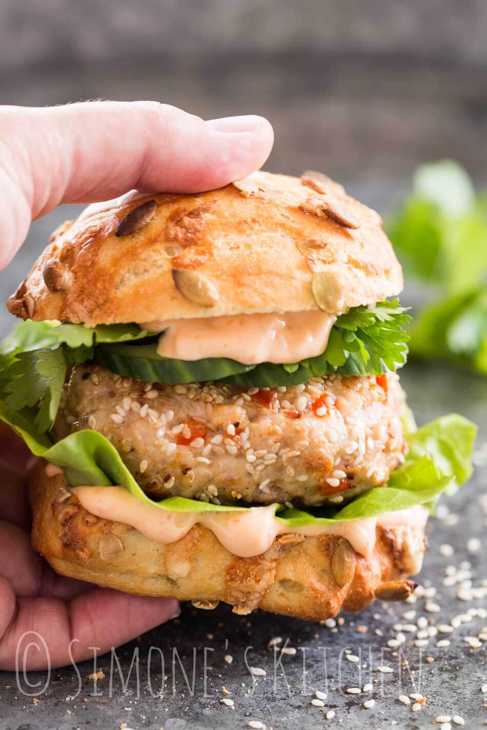 Spicy asian chicken burger | insimoneskitchen.com