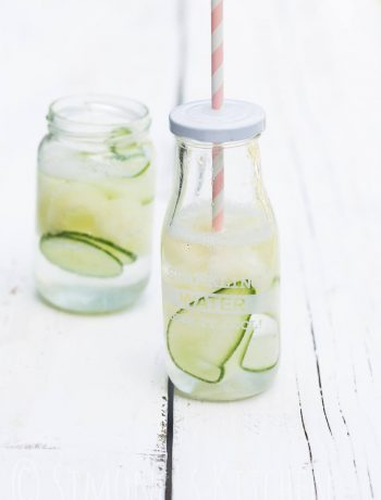 Summer drinks: water with melon and cucumber | insimoneskitchen.com