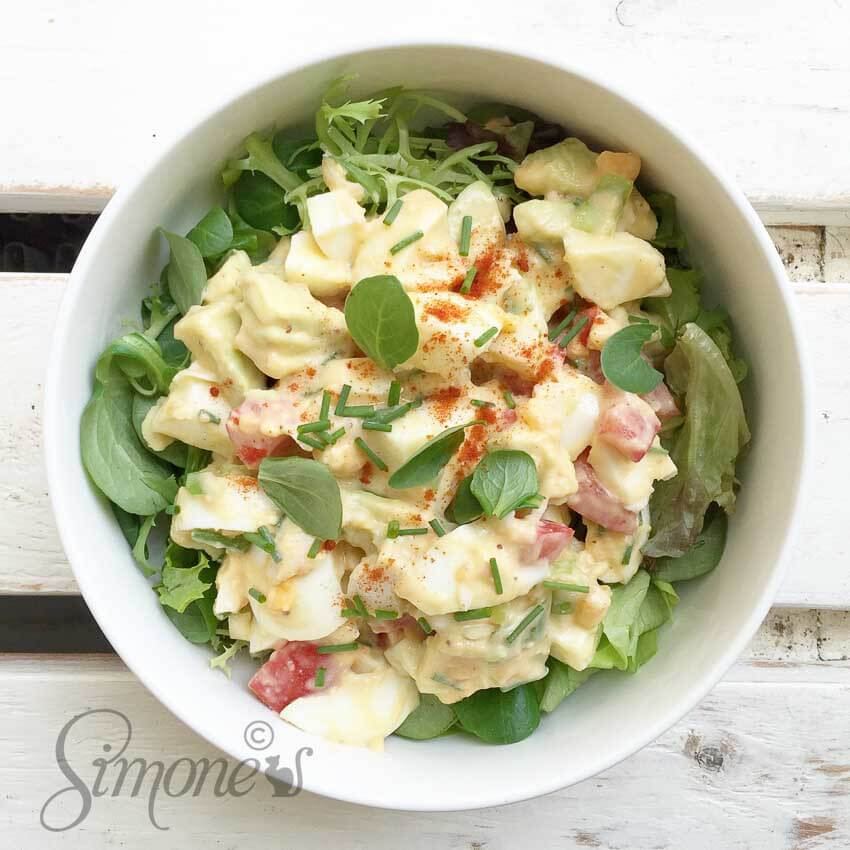 Protein salad with egg