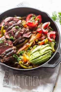 Whole30 approved beef fajitas | insimoneskitchen.com