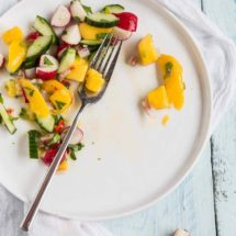 Spicy mango salad with cucumber | insimoneskitchen.com