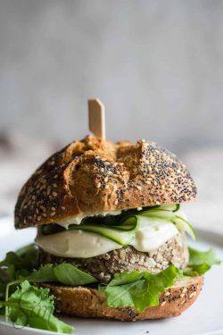 Vegetarian mushroom burger | insimoneskitchen.com