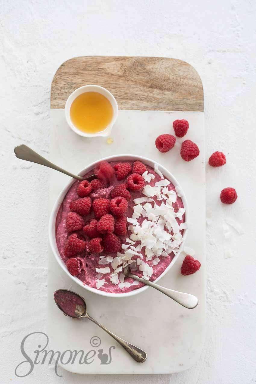 Raspberry coconut mousse | insimoneskitchen.com