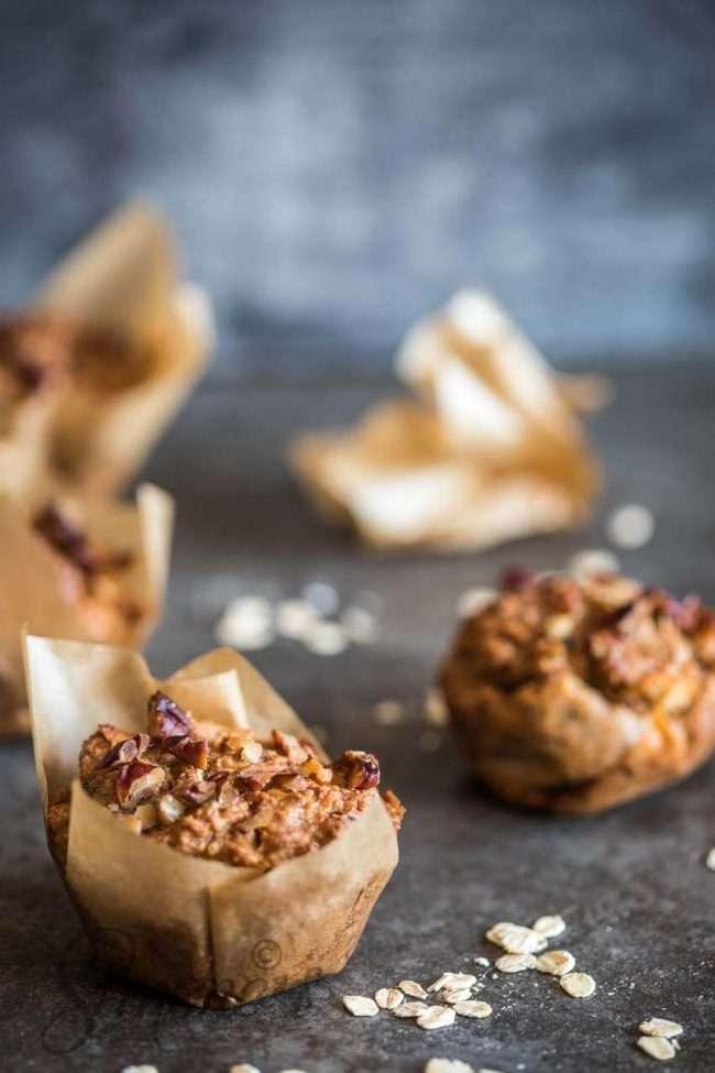 Vegan apple muffins | insimoneskitchen.com