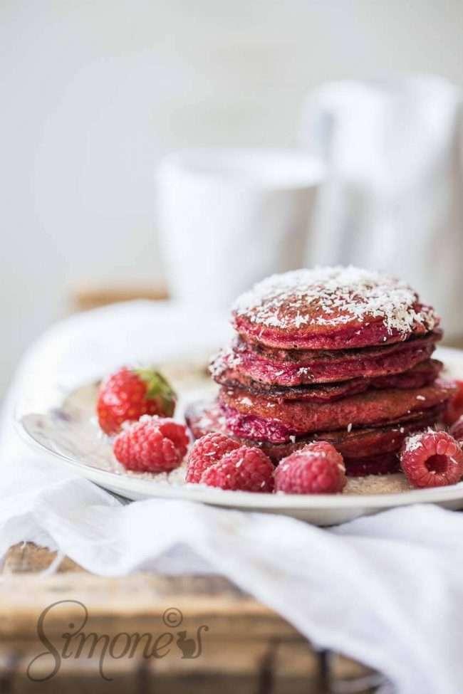 Glutenfree beetroot pancakes | insimoneskitchen.com