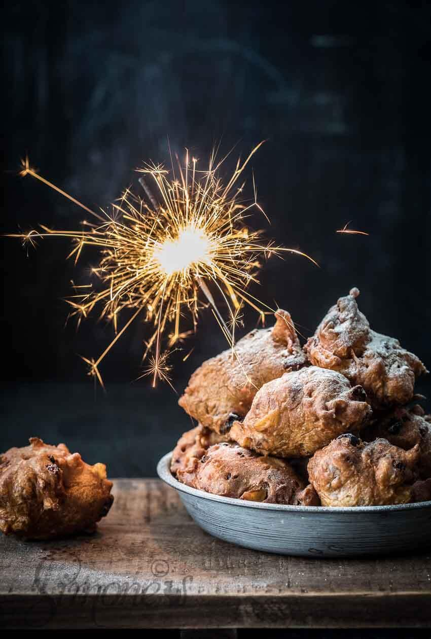 How to make the best oliebollen | insimoneskitchen.com