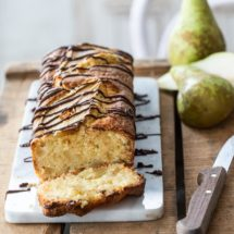 Cake with pear | insimoneskitchen.com