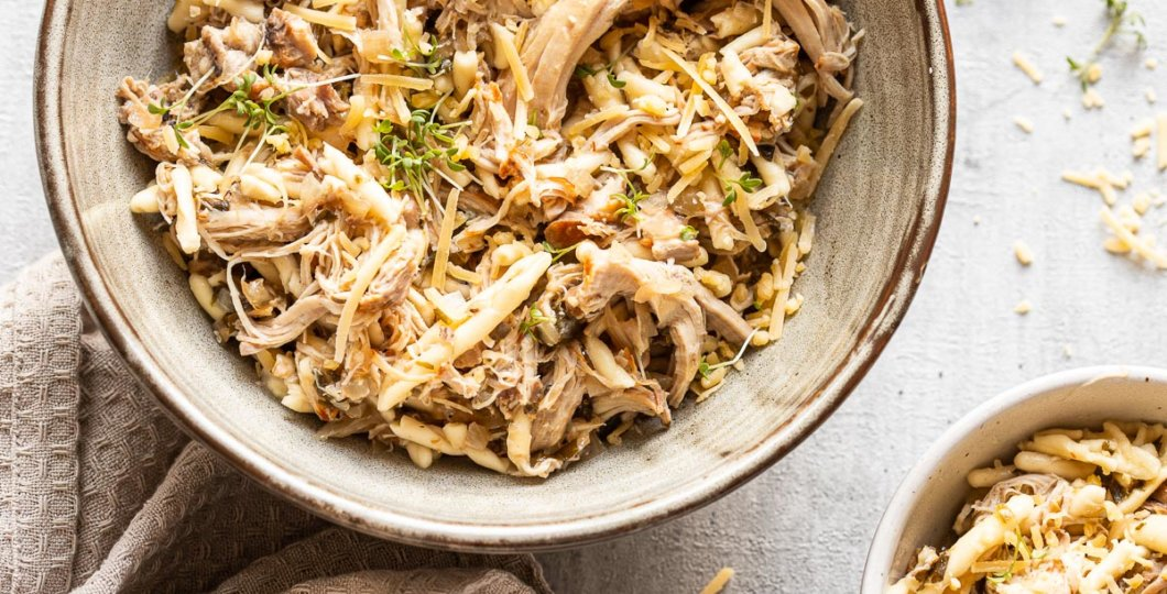 white wine chicken with orzo