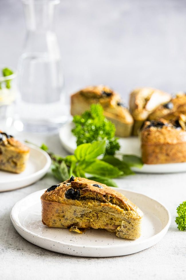 delicious buns with pesto and chicken